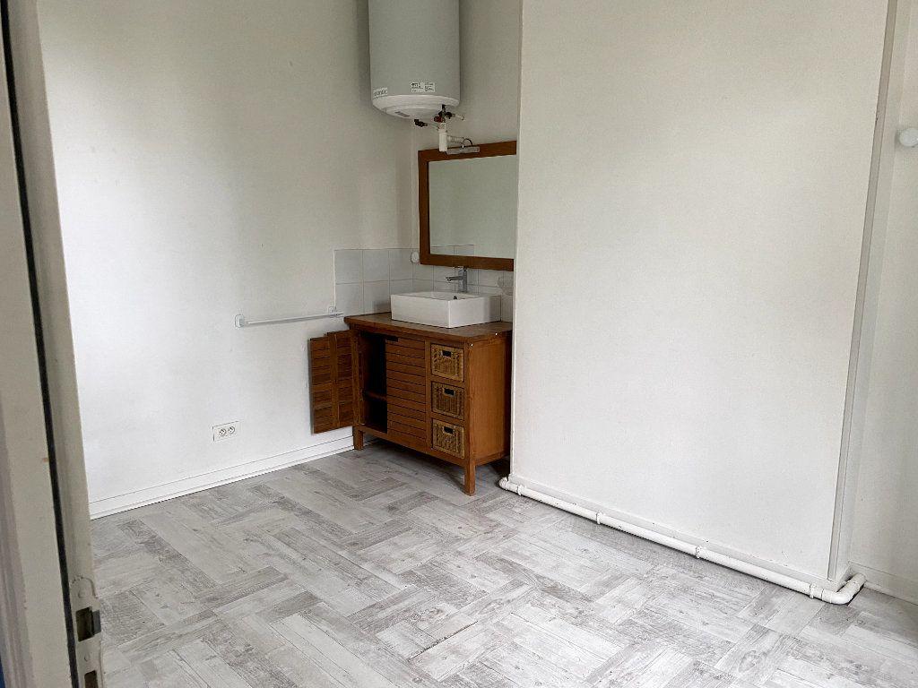 Appartement à louer 2 42m2 à Parthenay vignette-5