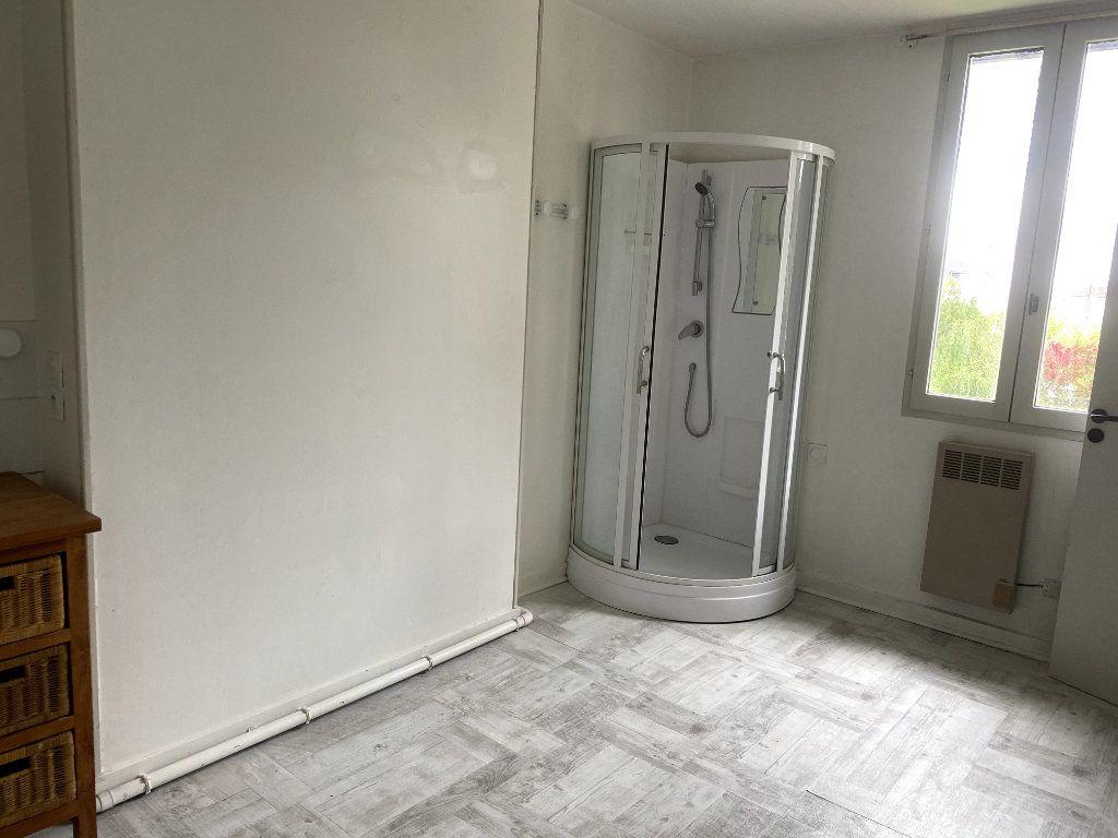 Appartement à louer 2 42m2 à Parthenay vignette-6