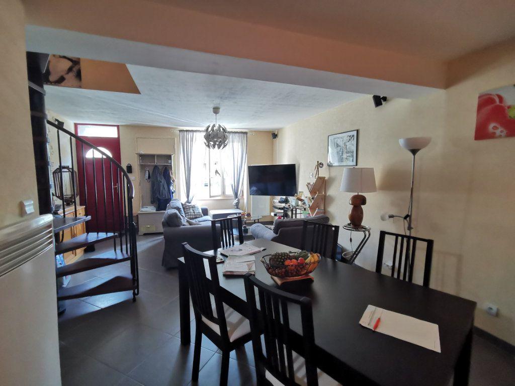 Maison à vendre 3 68m2 à Parthenay vignette-2