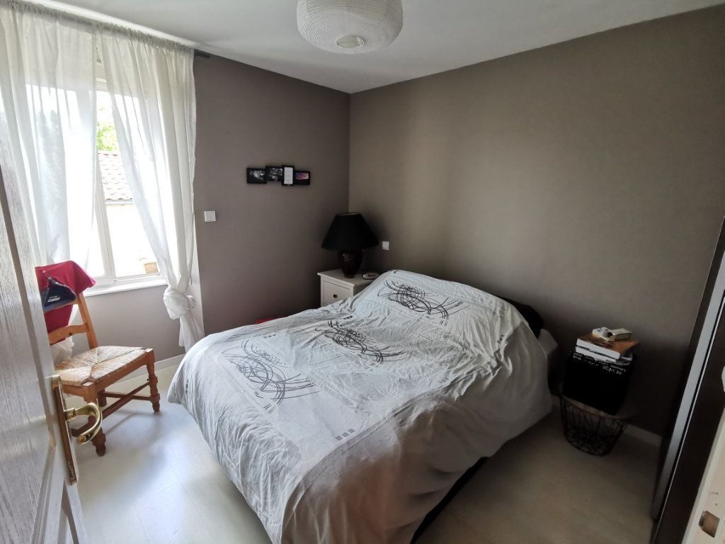 Maison à vendre 3 68m2 à Parthenay vignette-4