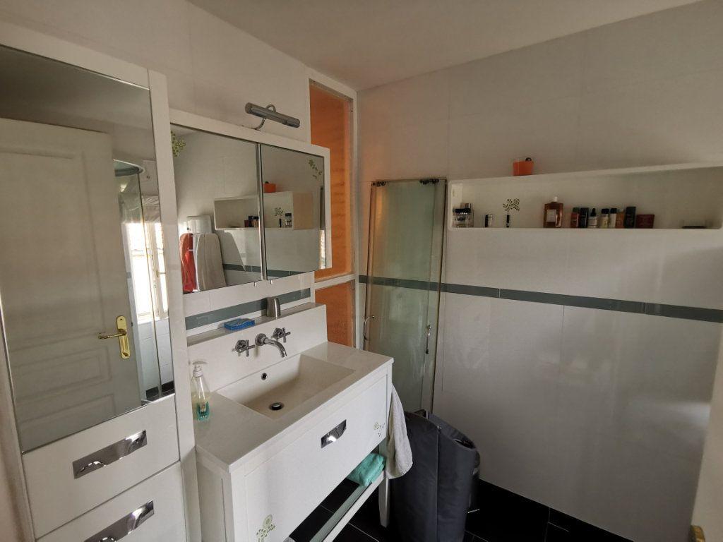 Maison à vendre 3 68m2 à Parthenay vignette-6