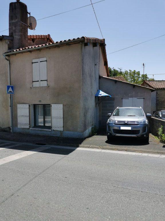 Maison à vendre 4 76m2 à Secondigny vignette-1