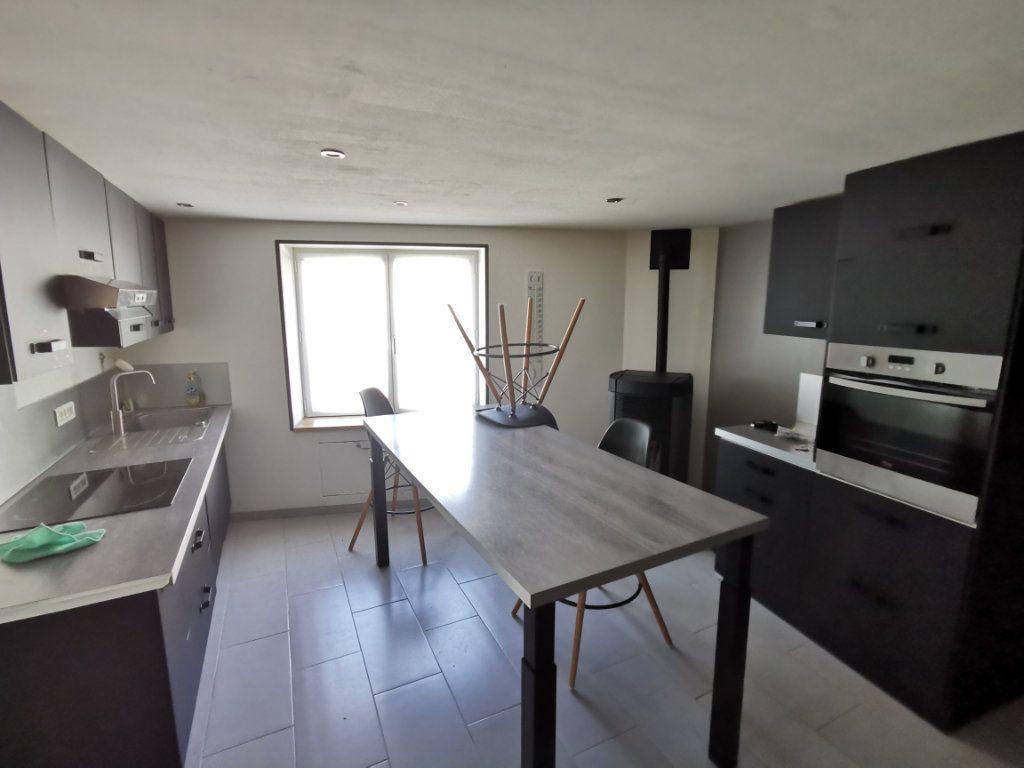 Maison à vendre 4 76m2 à Secondigny vignette-3