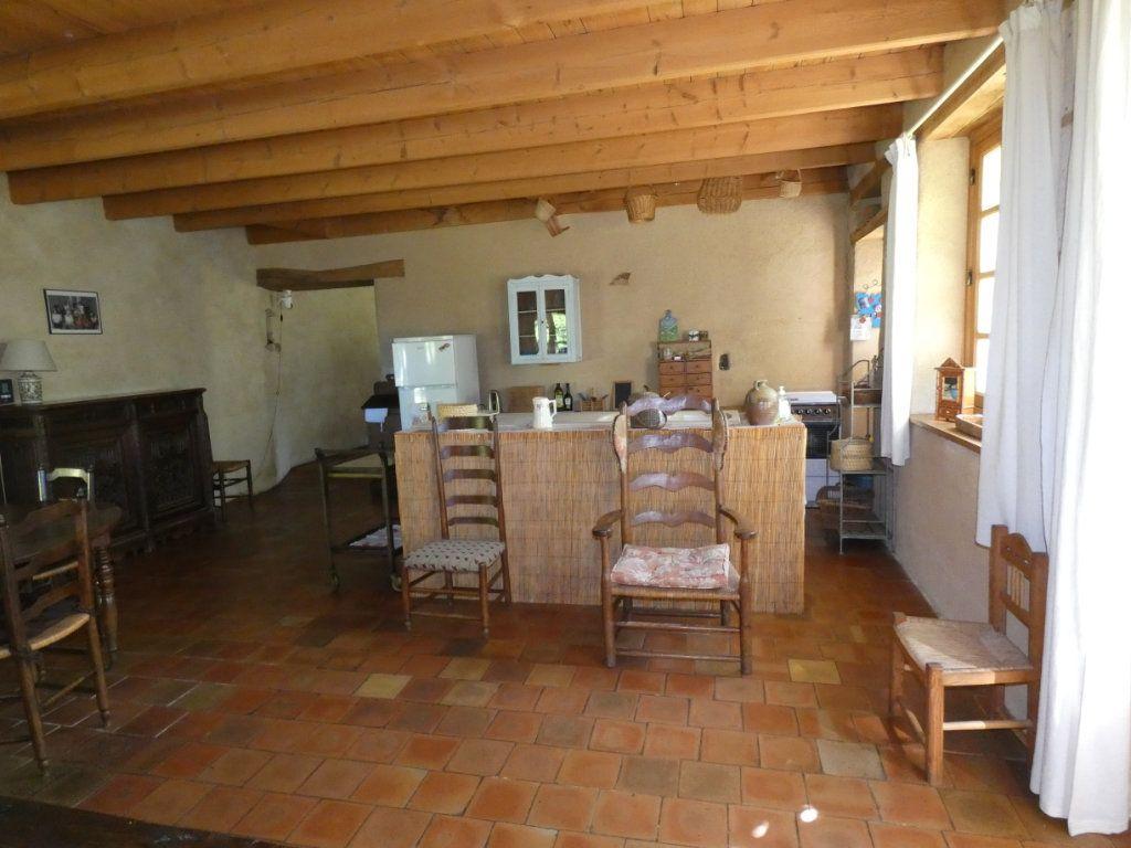 Maison à vendre 4 130m2 à Beaulieu-sous-Parthenay vignette-2