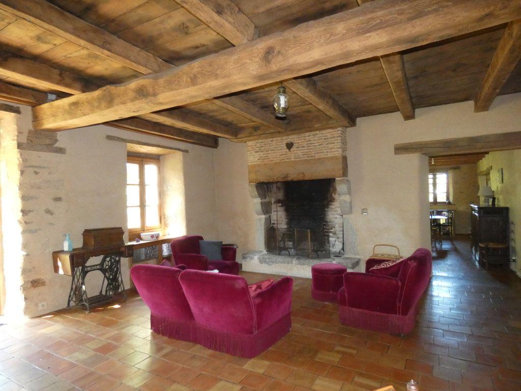 Maison à vendre 4 130m2 à Beaulieu-sous-Parthenay vignette-6