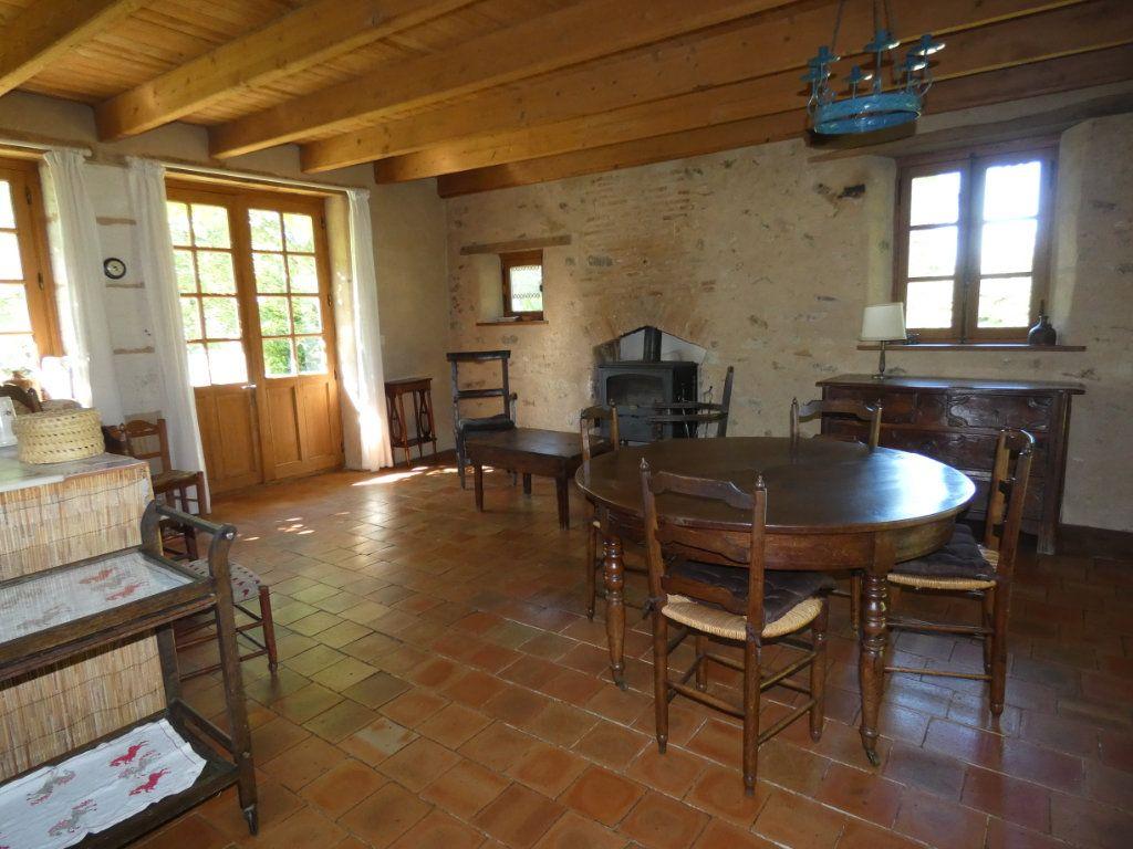Maison à vendre 4 130m2 à Beaulieu-sous-Parthenay vignette-7