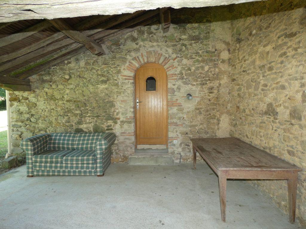 Maison à vendre 4 130m2 à Beaulieu-sous-Parthenay vignette-9