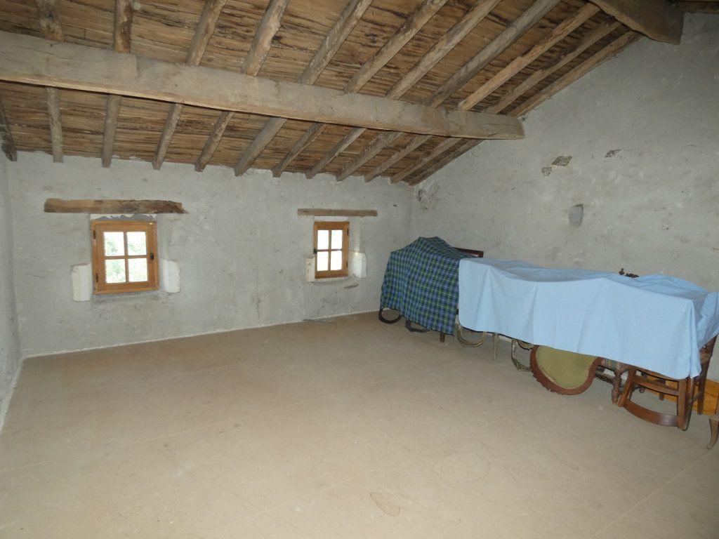 Maison à vendre 4 130m2 à Beaulieu-sous-Parthenay vignette-15