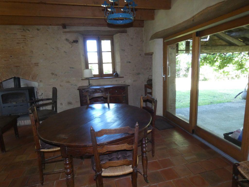 Maison à vendre 4 130m2 à Beaulieu-sous-Parthenay vignette-16