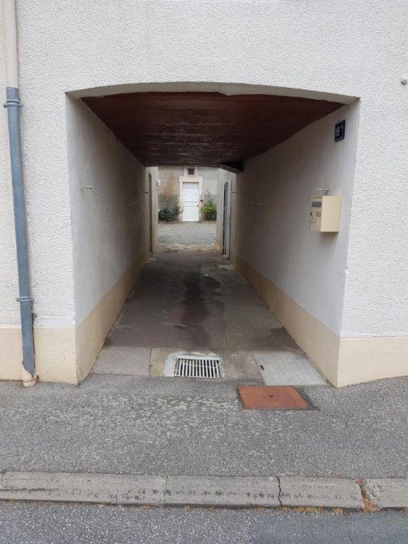 Maison à vendre 4 105.47m2 à Châtillon-sur-Thouet vignette-3