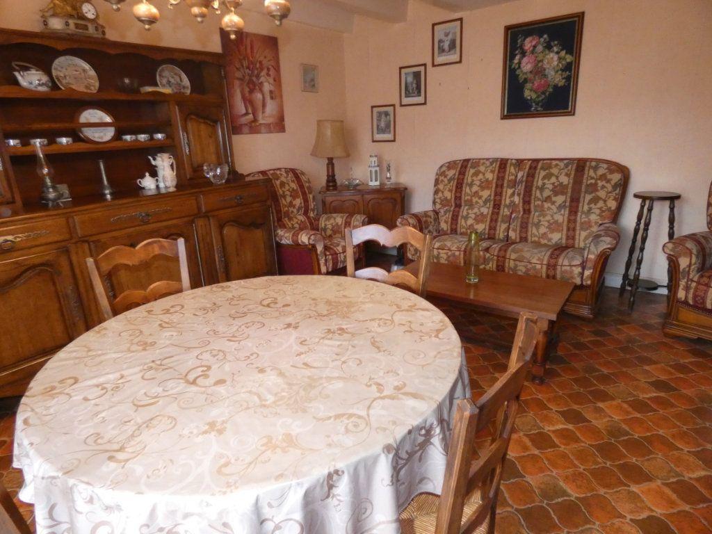 Maison à vendre 4 105.47m2 à Châtillon-sur-Thouet vignette-11