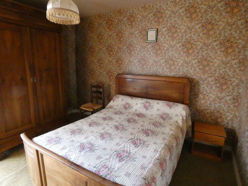 Maison à vendre 4 105.47m2 à Châtillon-sur-Thouet vignette-16