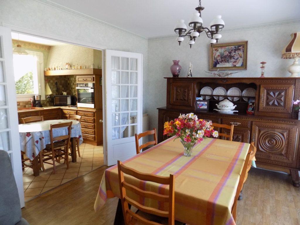 Maison à vendre 5 90m2 à Azay-sur-Thouet vignette-5