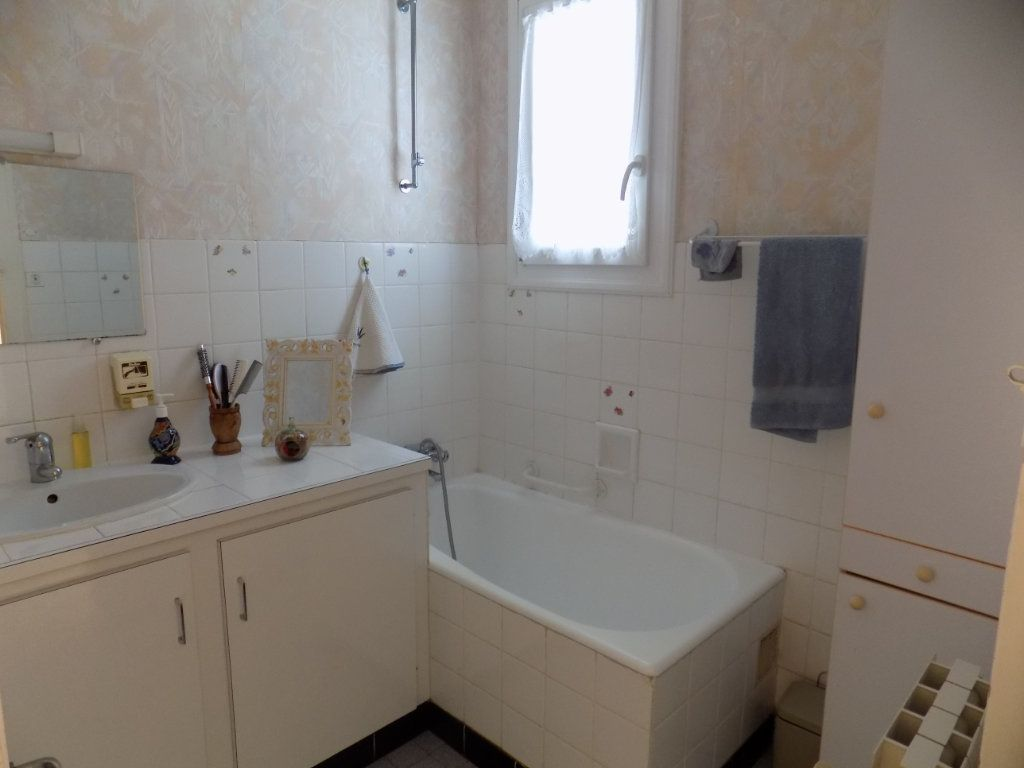 Maison à vendre 5 90m2 à Azay-sur-Thouet vignette-8