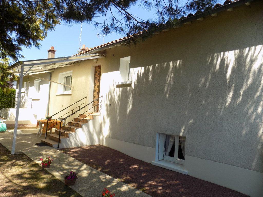 Maison à vendre 5 90m2 à Azay-sur-Thouet vignette-13