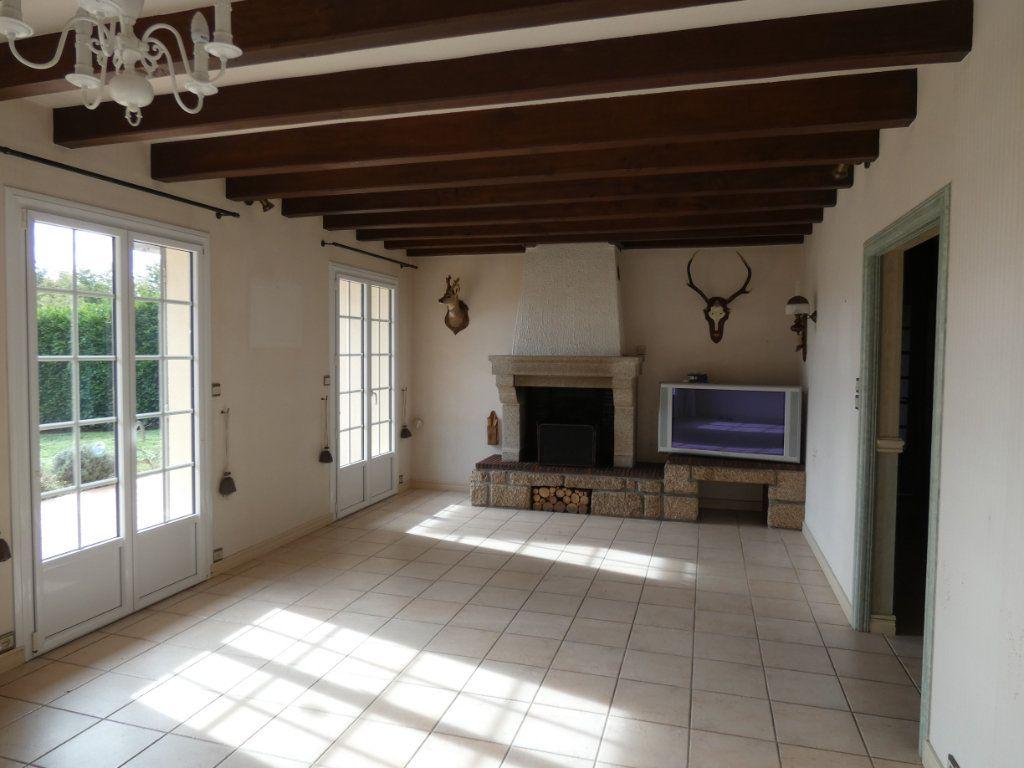 Maison à vendre 7 150m2 à Parthenay vignette-3