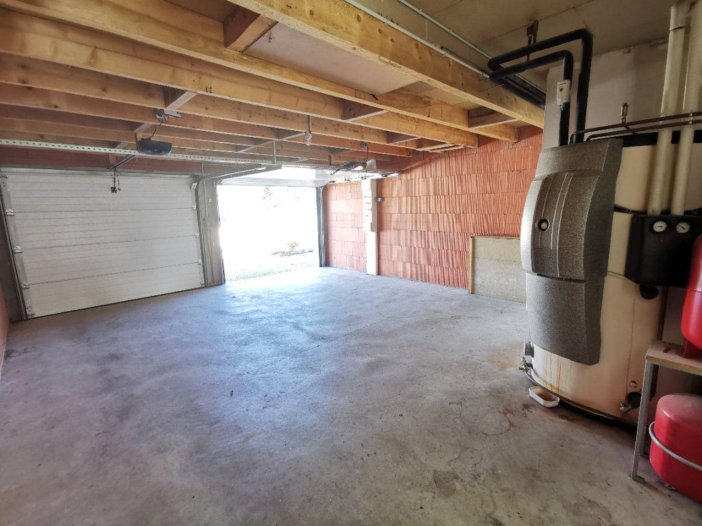 Maison à vendre 5 146m2 à Chiché vignette-11