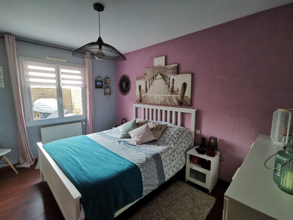 Maison à vendre 5 125m2 à Amailloux vignette-8