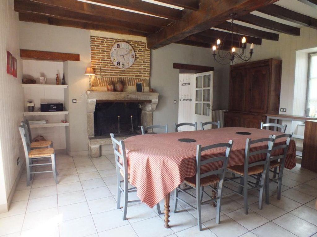 Maison à vendre 10 308m2 à Gourgé vignette-8