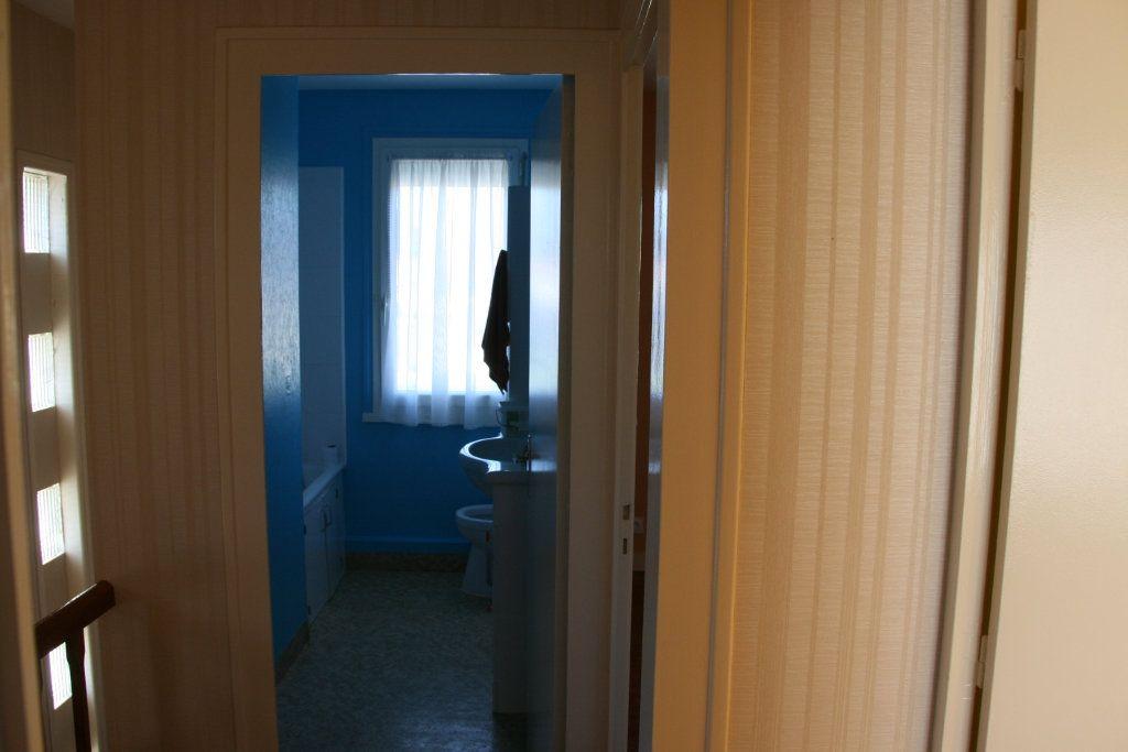 Maison à vendre 4 91m2 à Parthenay vignette-5