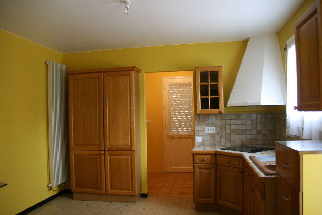 Maison à vendre 4 91m2 à Parthenay vignette-6