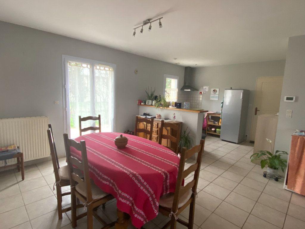 Maison à louer 4 93m2 à Parthenay vignette-8