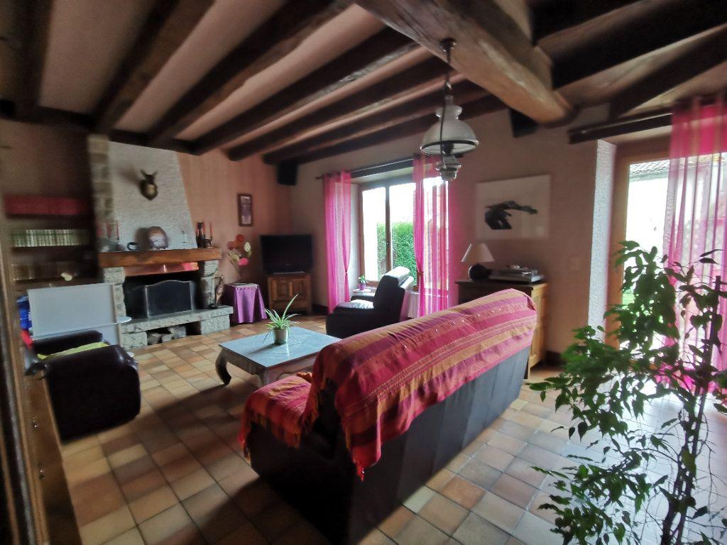 Maison à vendre 7 180m2 à Chiché vignette-4