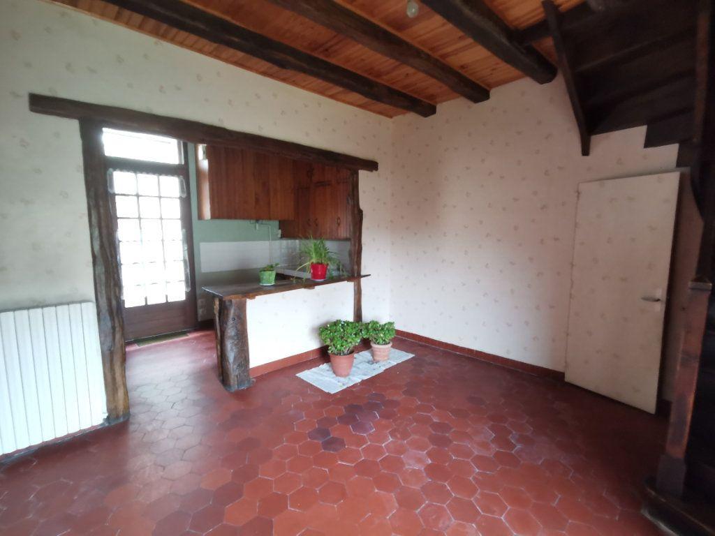 Maison à vendre 7 180m2 à Chiché vignette-14