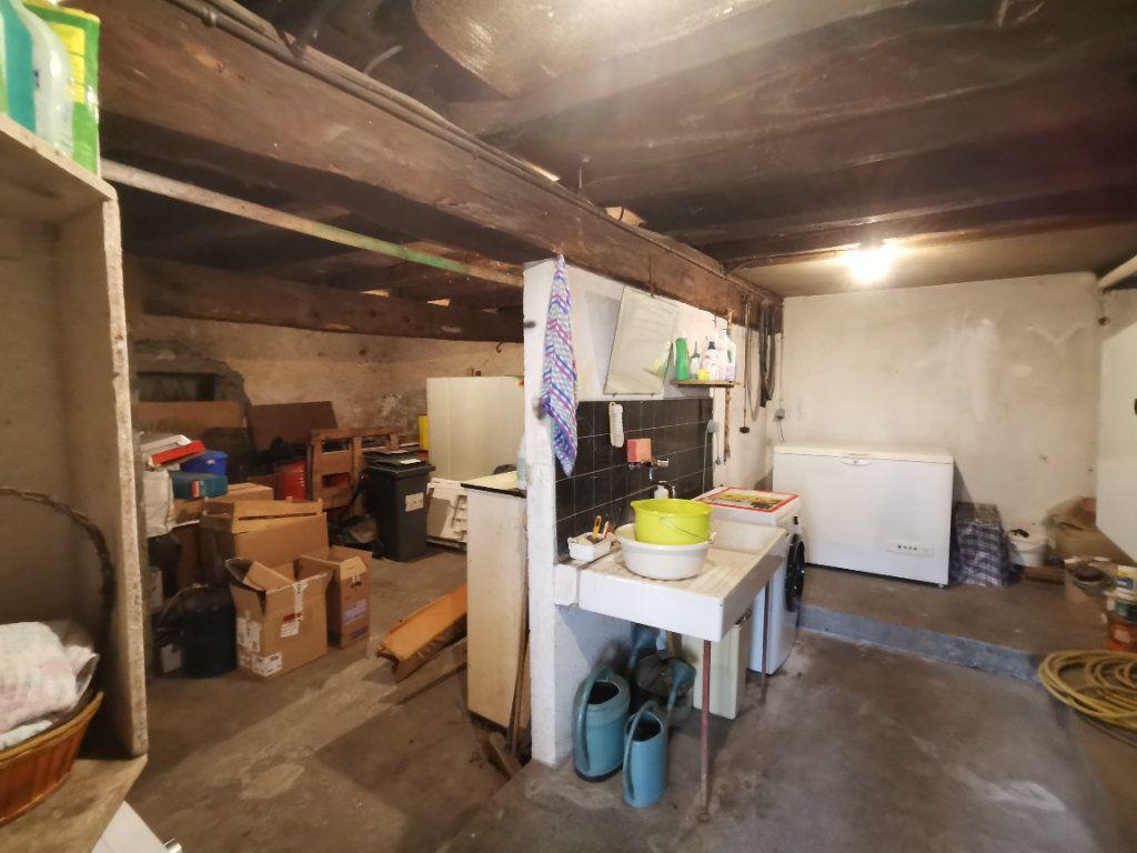 Maison à vendre 7 180m2 à Chiché vignette-18