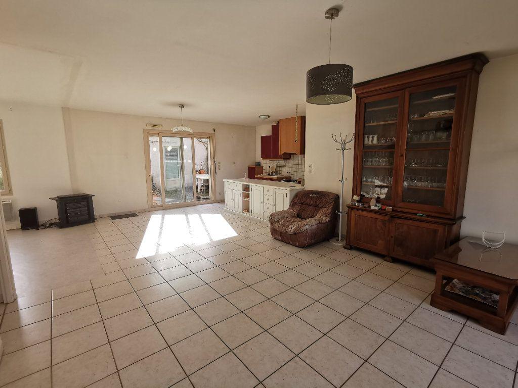 Maison à vendre 3 89m2 à Parthenay vignette-4