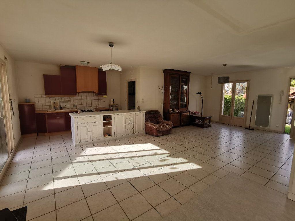Maison à vendre 3 89m2 à Parthenay vignette-5