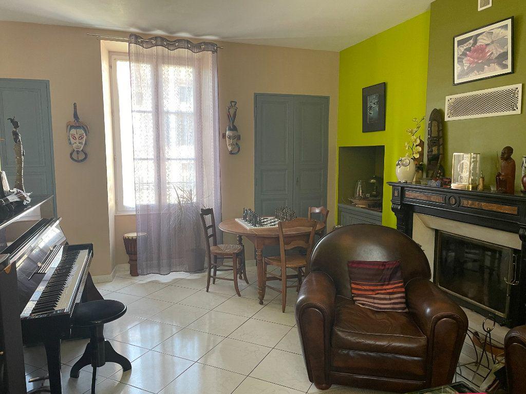Maison à vendre 6 145m2 à Parthenay vignette-5