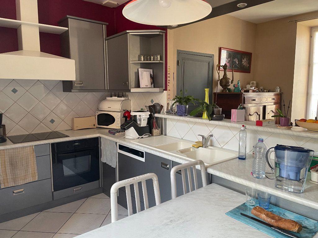 Maison à vendre 6 145m2 à Parthenay vignette-8