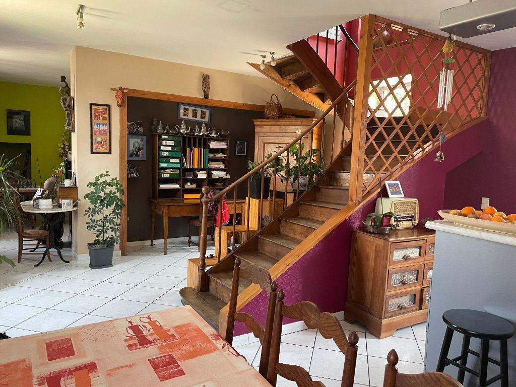 Maison à vendre 6 145m2 à Parthenay vignette-15