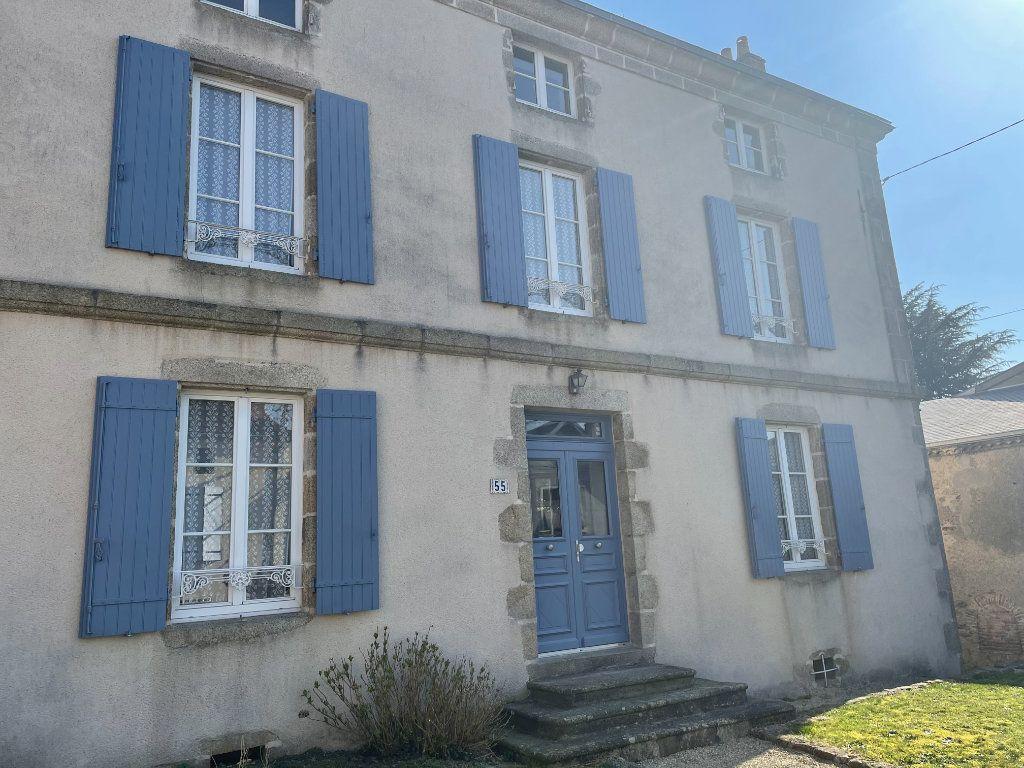 Maison à vendre 6 145m2 à Parthenay vignette-18
