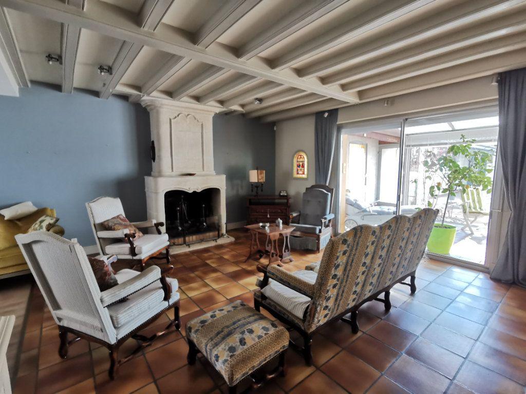 Maison à vendre 5 180.3m2 à Parthenay vignette-4