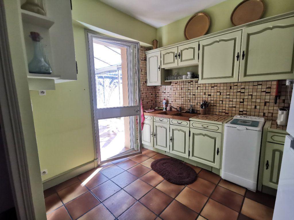 Maison à vendre 5 180.3m2 à Parthenay vignette-8