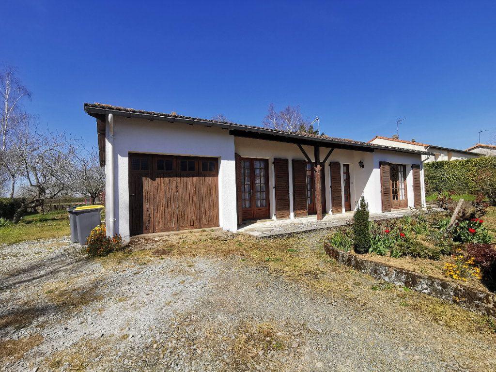 Maison à vendre 4 83.65m2 à Beaulieu-sous-Parthenay vignette-1