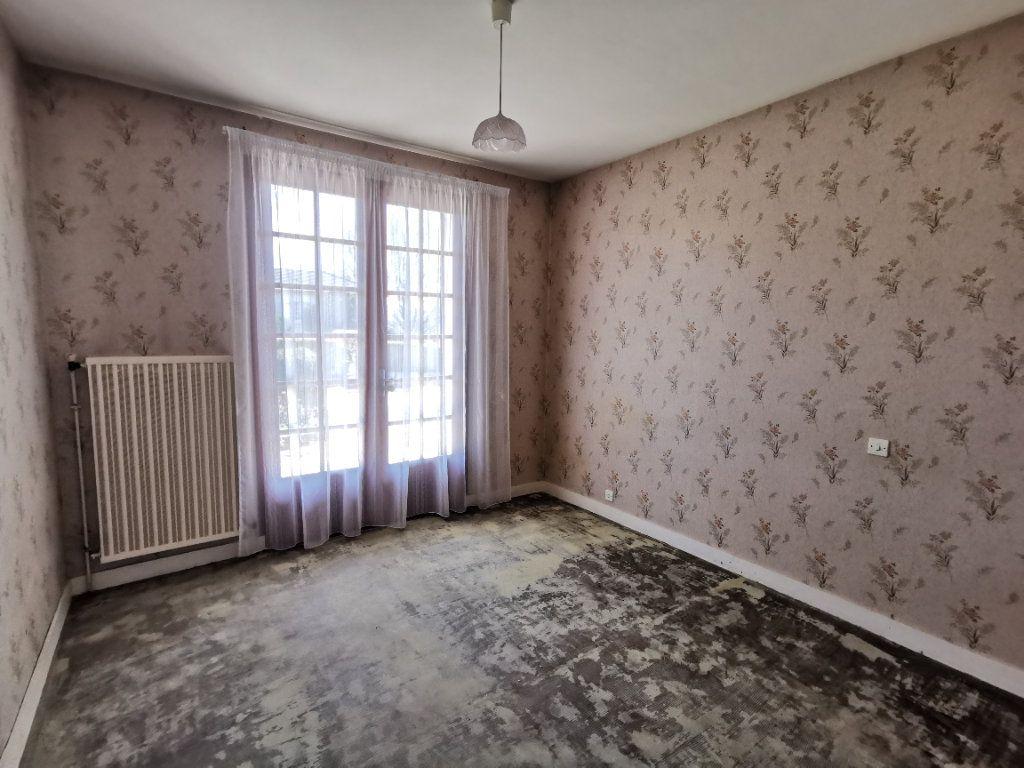 Maison à vendre 4 83.65m2 à Beaulieu-sous-Parthenay vignette-9
