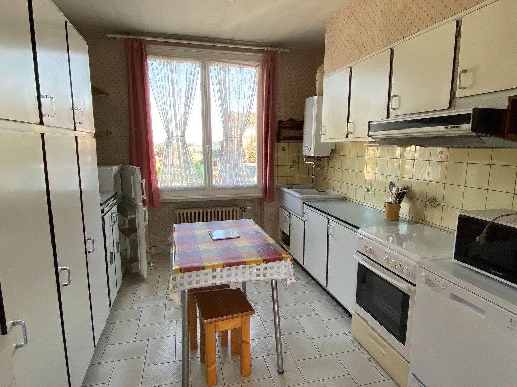Maison à vendre 6 148m2 à Parthenay vignette-5