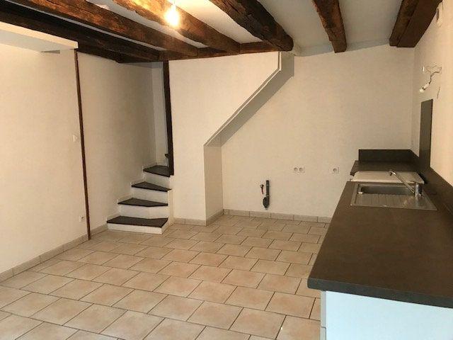 Maison à louer 3 82.45m2 à Parthenay vignette-2