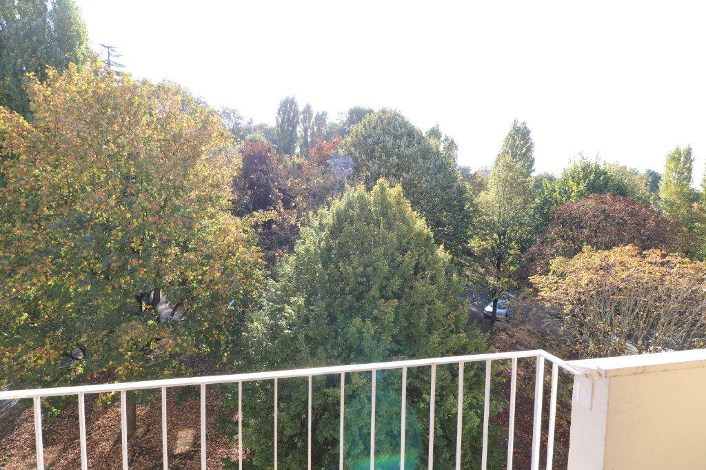 Appartement à vendre 3 64.12m2 à Morsang-sur-Orge vignette-8