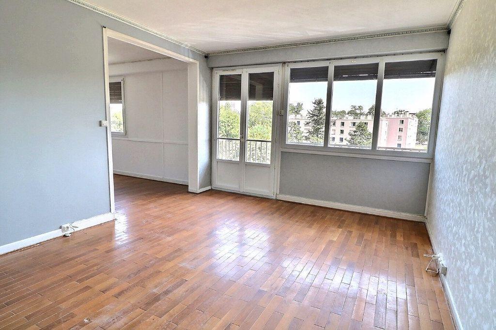 Appartement à vendre 5 81.5m2 à Morsang-sur-Orge vignette-2