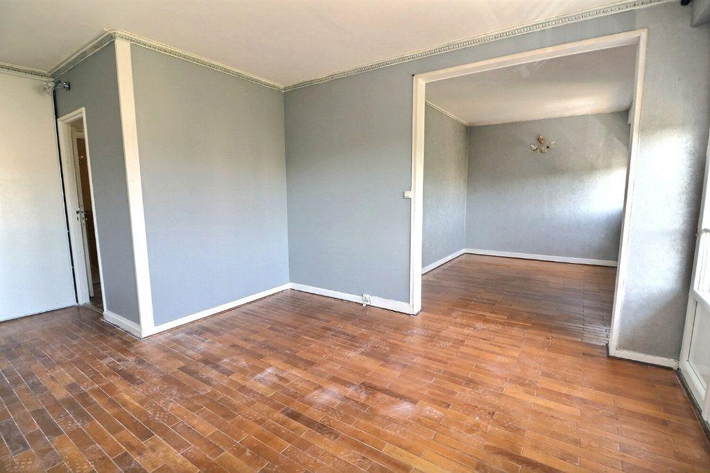 Appartement à vendre 5 81.5m2 à Morsang-sur-Orge vignette-3