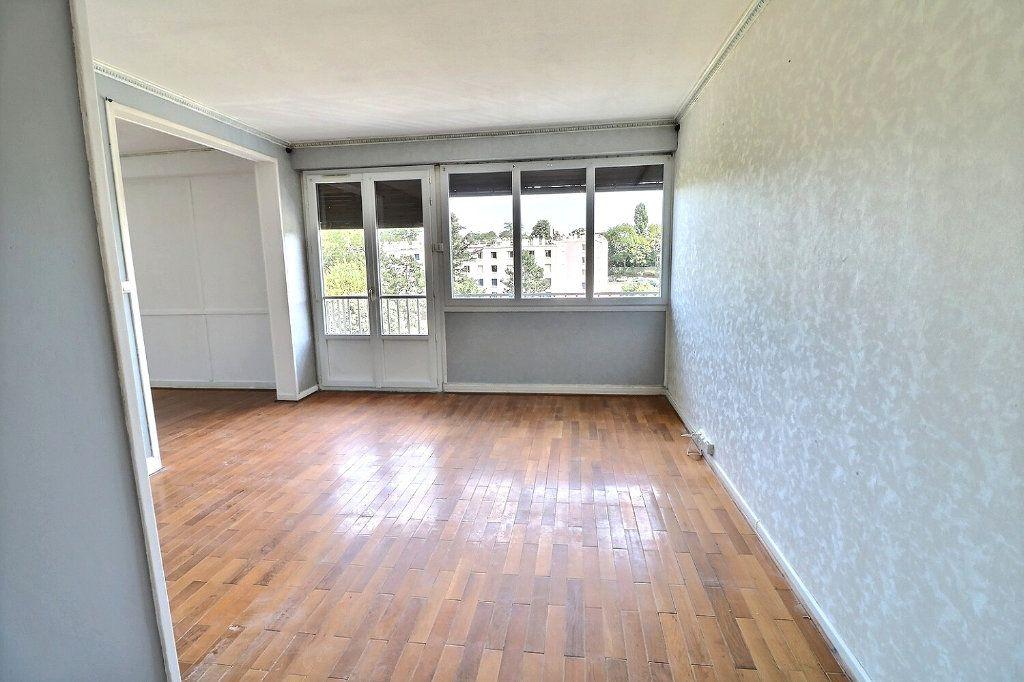 Appartement à vendre 5 81.5m2 à Morsang-sur-Orge vignette-8
