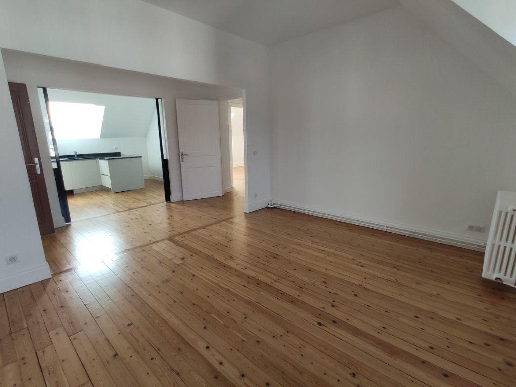 Appartement à louer 3 74.2m2 à Dourdan vignette-1
