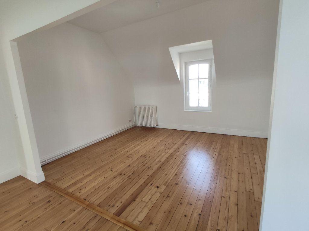 Appartement à louer 3 74.2m2 à Dourdan vignette-2