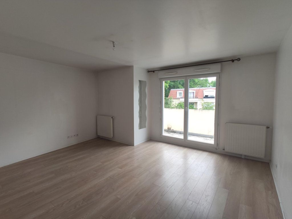 Appartement à vendre 3 69.47m2 à Dourdan vignette-2