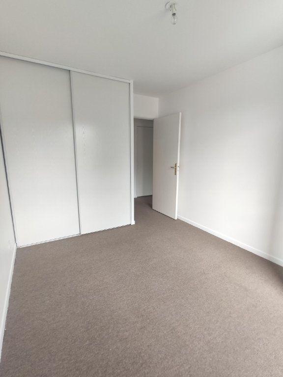 Appartement à vendre 3 69.47m2 à Dourdan vignette-5