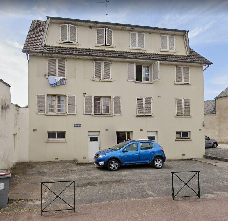 Appartement à louer 1 27m2 à Étampes vignette-9